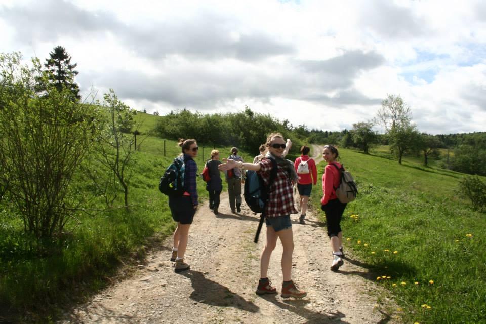 grupa kobiet, turystyka w małej grupie